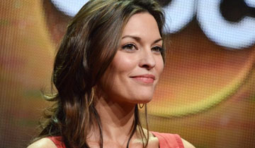 New crime series role for AMC alum Alana De La Garza