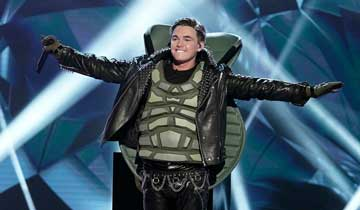 The Masked Singer reveals AMC's Jesse McCartney as The Turtle