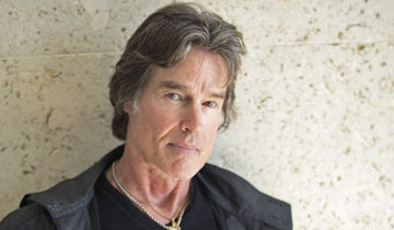 LOCKDOWN LOVER: New music from B&B alum Ronn Moss