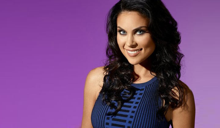 DAYS rehires Nadia Bjorlin on contract