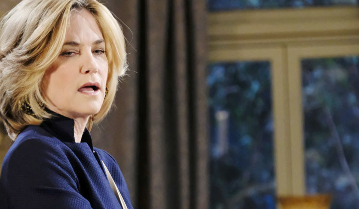 DAYS welcomes back Kassie DePaiva as Eve Donovan