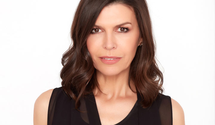 General Hospital actress Finola Hughes reveals that filming dual roles gives her nightmares