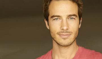 INTERVIEW: GH's Ryan Carnes talks tough scenes, babies, and who he'd <i>love</i> to work with