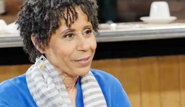 GH brings Vernee Watson back as Curtis' aunt, Stella