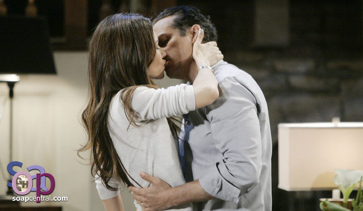 "Maurice Benard says bringing Vanessa Marcil back to General Hospital is a ""no-brainer"""
