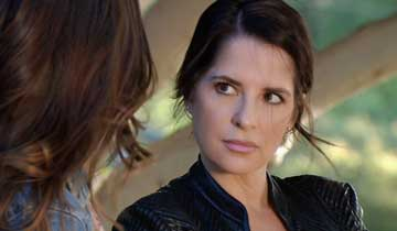 "General Hospital's Kelly Monaco speaks out about her ""crazy year,"" thanks fans for support"