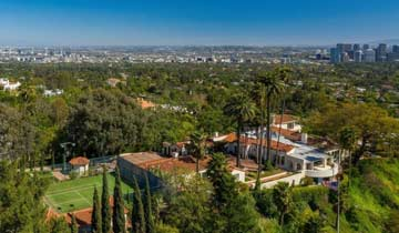 Late soap icons William J. Bell and Lee Phillip Bell's super glam estate up for sale