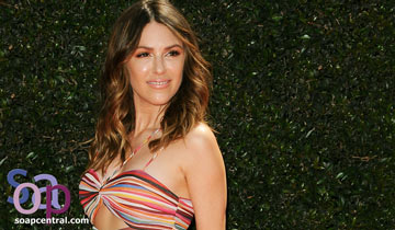 Elizabeth Hendrickson returns to The Young and the Restless