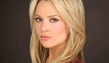 Lauren Woodland heads back to The Young and the Restless