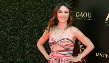 AMC, GH, and Y&R star Elizabeth Hendrickson gets hitched