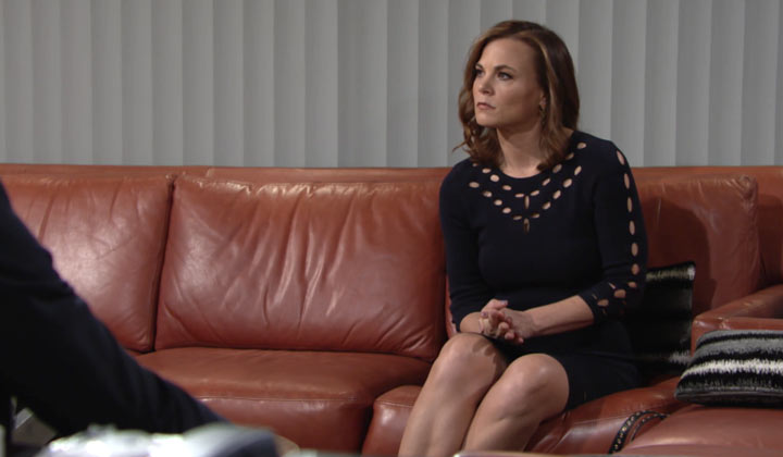 Do you think it's time for Phyllis to expand her dating pool outside of Genoa City?